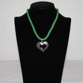 Edelweiss Trachten Kette, Satinband,grün, mit Herzanhänger