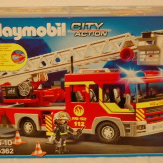 PLAYMOBIL  5362 Feuerwehr-Leiterfahrzeug mit Licht und Sound